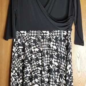 Black & White NY Collection Houndstooth Dress